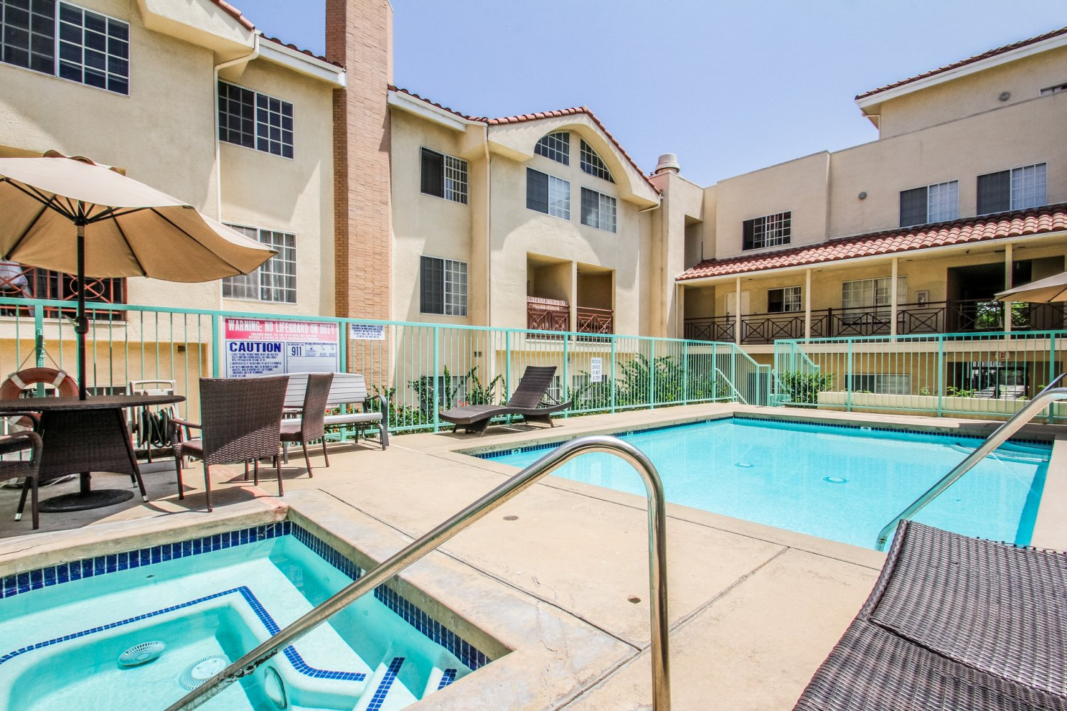 1131 Campbell St | Large Photo 9