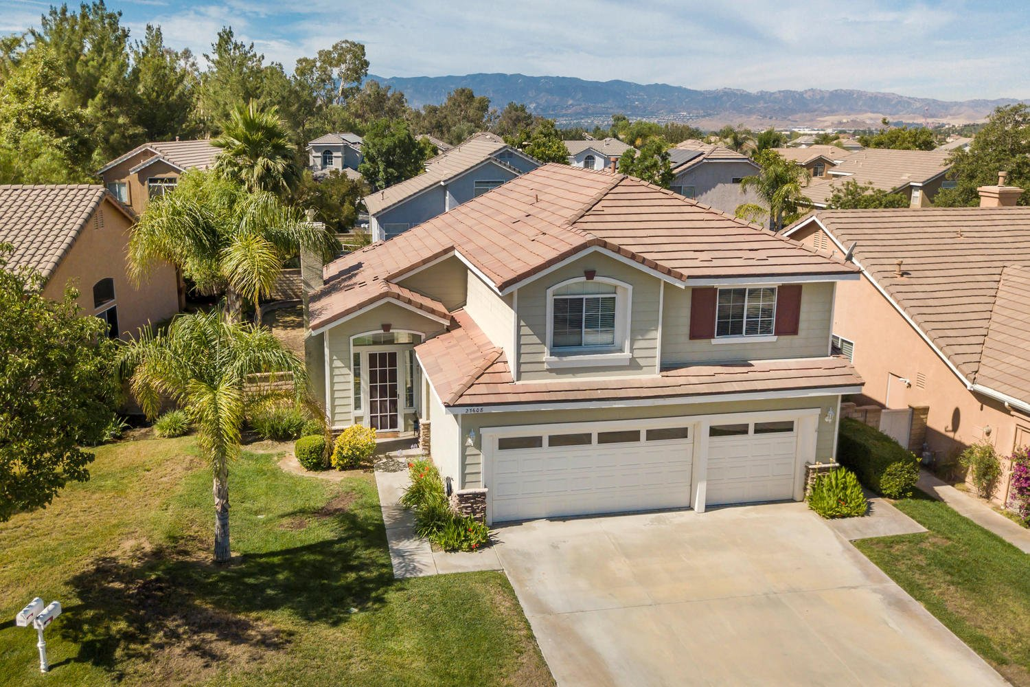 23608 Falcon Crest Pl | Photo 1