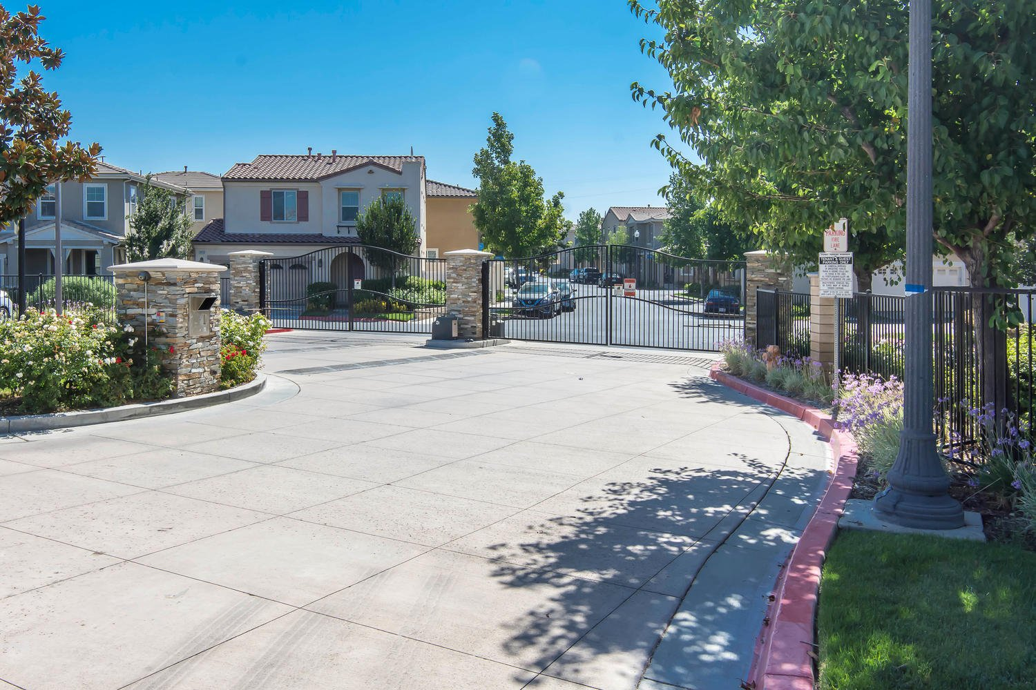 26012 Lindale Pl | Photo 6