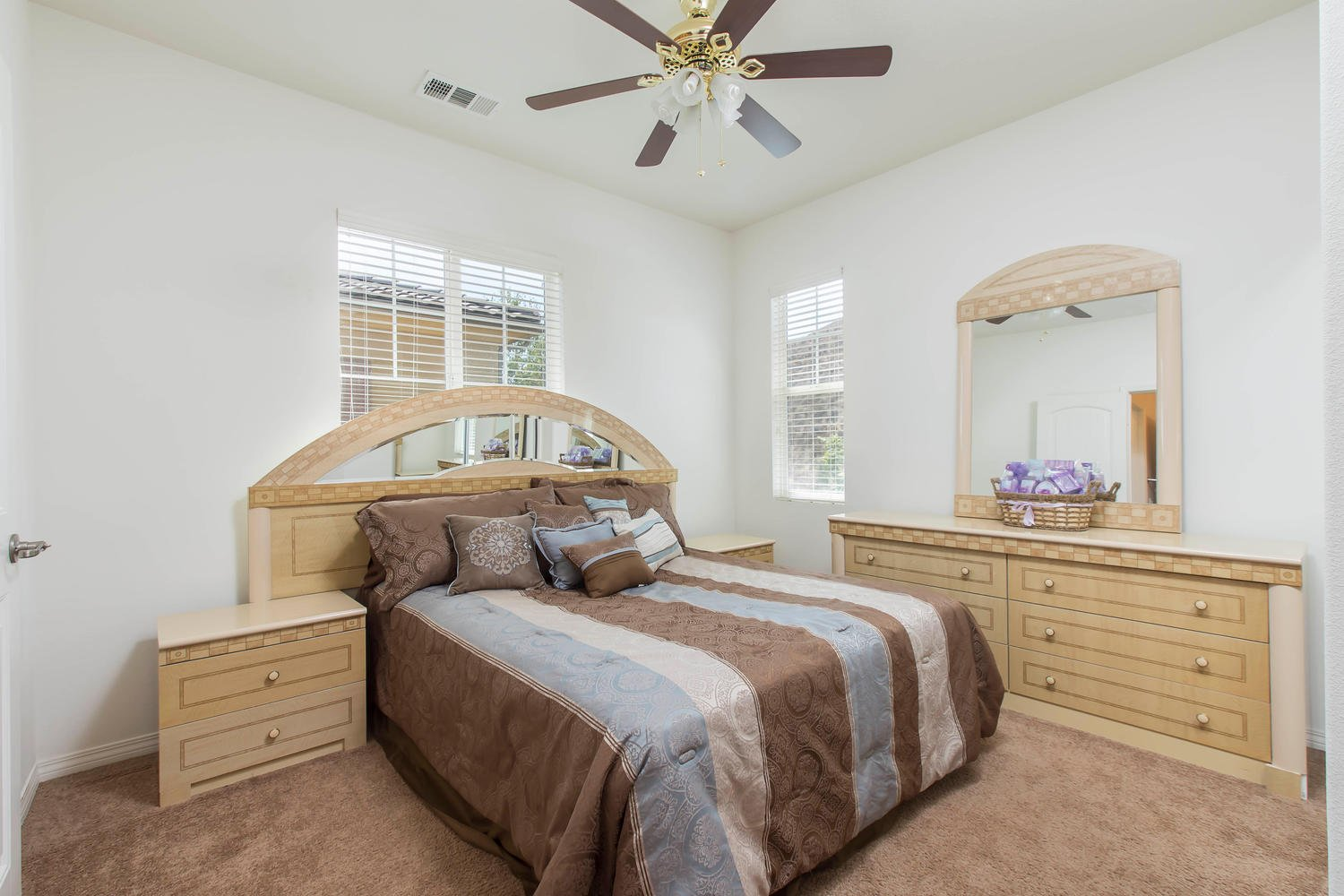 26012 Lindale Pl | Photo 26