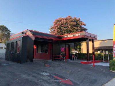 127 W Foothill Blvd