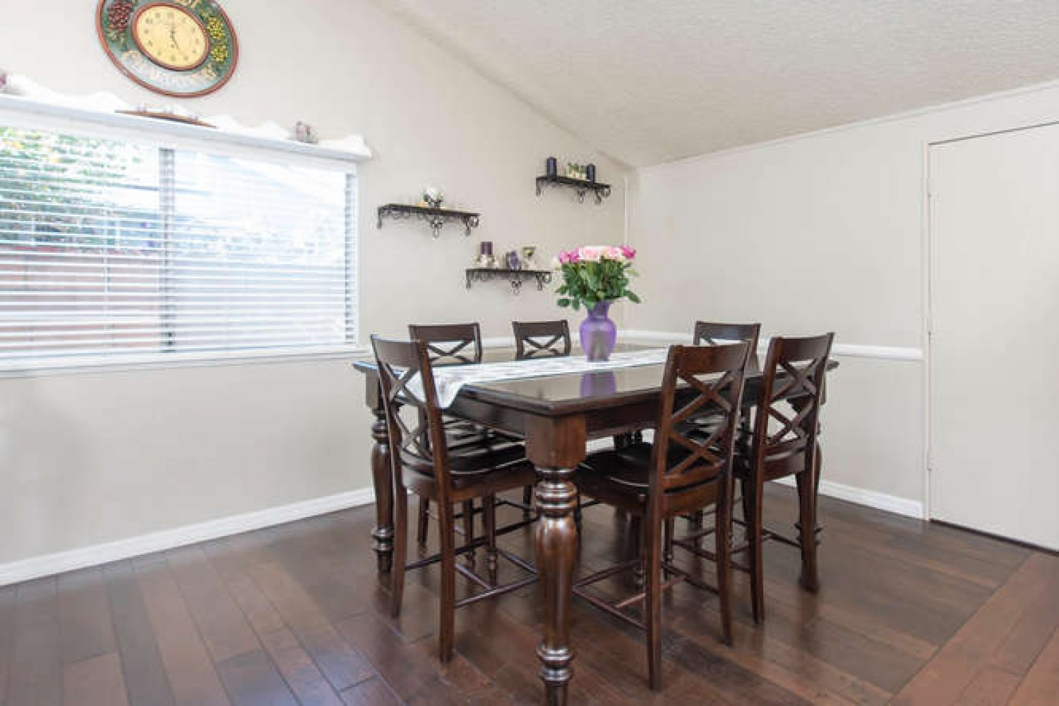18932 Claycrest Dr | Photo 8