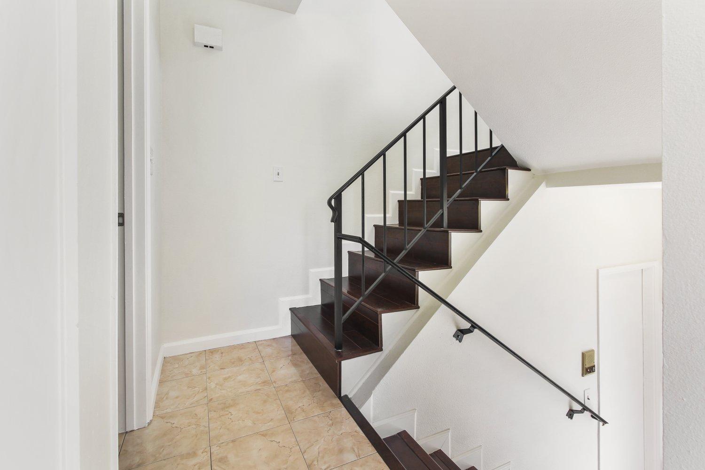 7409 Woodman Avenue | Large Photo 23