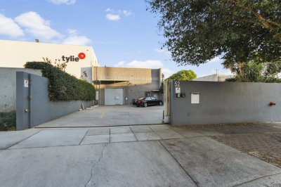 52 East Santa Anita Ave