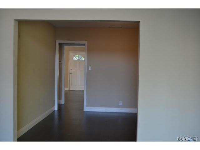 2048 North Kenwood Street | Photo 15