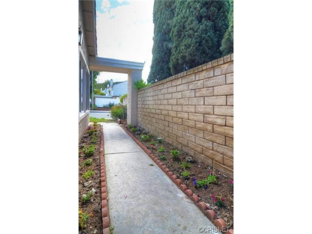 27581 Linda Joyce Drive | Photo 2