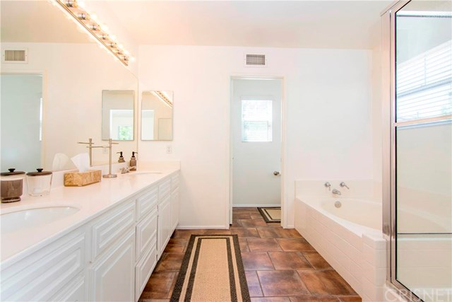 28370 Mayfair Drive | Photo 17