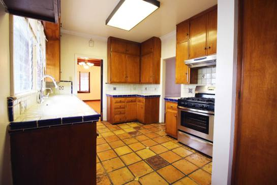 1570 N. Pacific Ave. | Large Photo 7